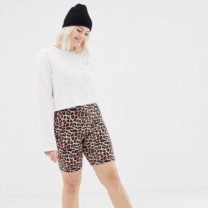 NWT ASOS Curve Legging Short in Leopard Print